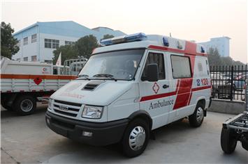 国五依维柯救护车