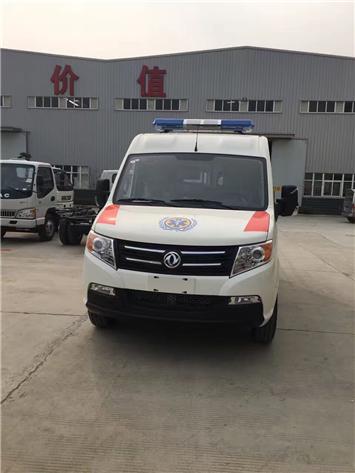 东风御风国五短轴救护车